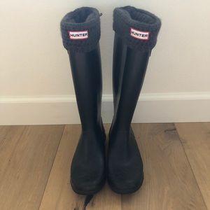 Hunter Wide-Calf Matte Black Rainboots w/ Sock